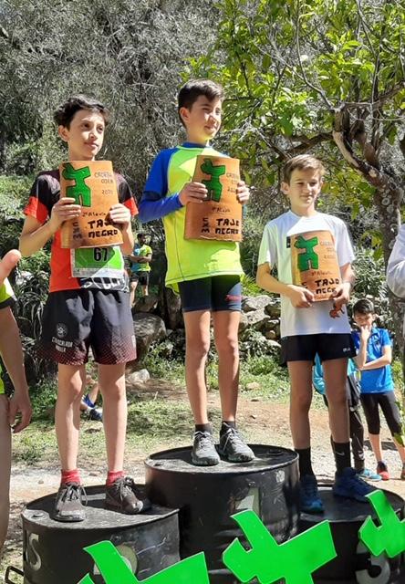Éxito del Club Fuente del Acebuche en múltiples competiciones