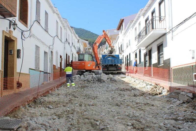 Se inician las obras de mejora integral de la  segunda fase de Calle Fuengirola