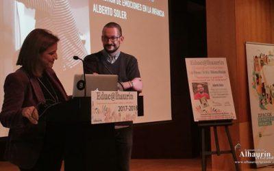 La conferencia de Alberto Soler sobre las rabietas y gestión emocional en la infancia, nuevo éxito de Educ@lhaurín