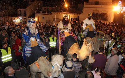 Los Reyes Magos reparten magia e ilusión en Alhaurín el Grande y Villafranco del Guadalhorce