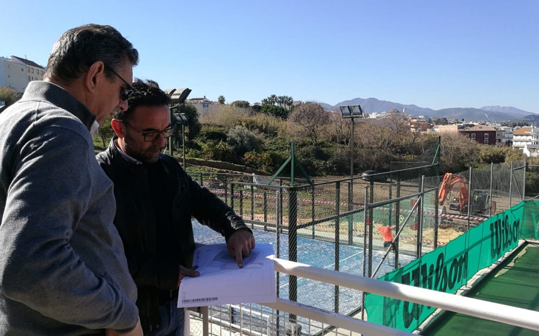 Se inician los trabajos para la construcción de una cuarta pista de tenis en el Polideportivo Municipal
