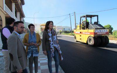 El Ayuntamiento de Alhaurín el Grande ha acometido el asfaltado de la Avda. de Andalucía