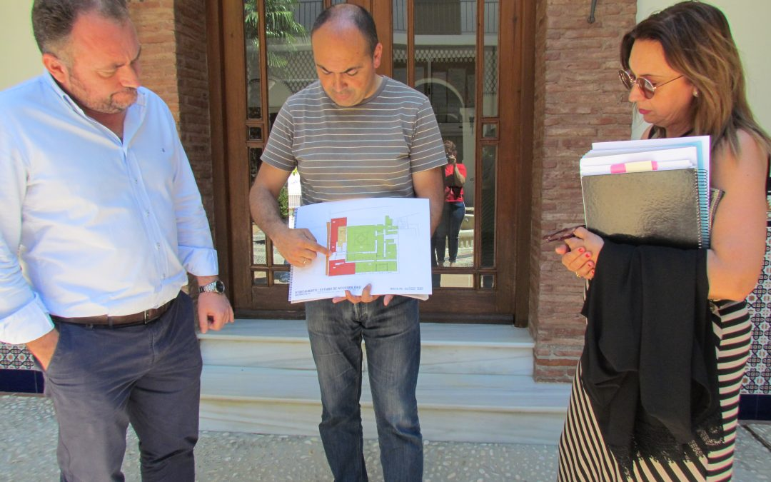 El Equipo de Gobierno ha presentado un proyecto para la accesibilidad del edificio del Ayuntamiento