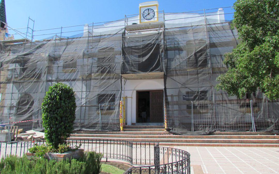 El ayuntamiento emprende importantes proyectos de mejora de la eficiencia energética en los edificios municipales.