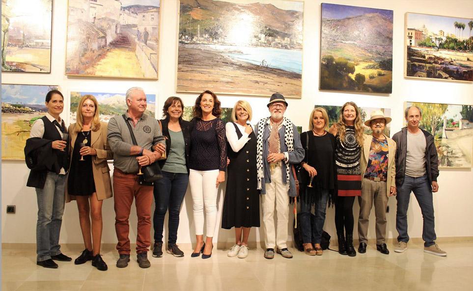 """La sala de exposiciones de la Biblioteca Municipal acoge una muestra colectiva de la Reunión de Creadores """"El Artsenal"""""""