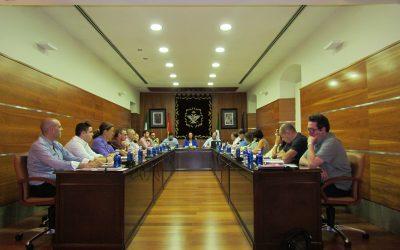 El Ayuntamiento aprueba en pleno la modificación de nueve ordenanzas fiscales.