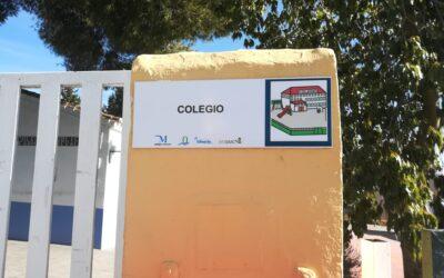 Alhaurín el Grande instala pictogramas en diferentes espacios públicos para apoyar y concienciar sobre problemas de comunicación